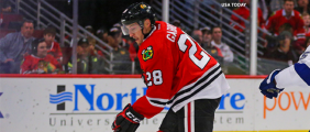 Ryan Garbutt steps up in Blackhawks win over Lightning